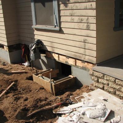 Stemwall-pouring curb